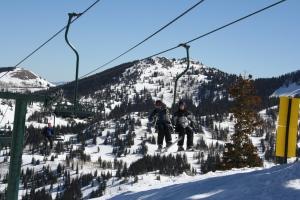Conversation on the ski lift